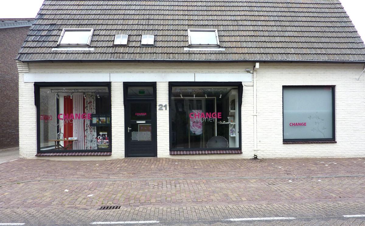 Signz-Belettering-Change-Wonen-Raamdecoratie-001