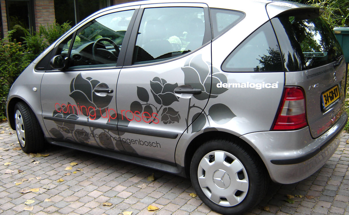 Signz-Belettering-Coming-up-roses-Autobelettering-001