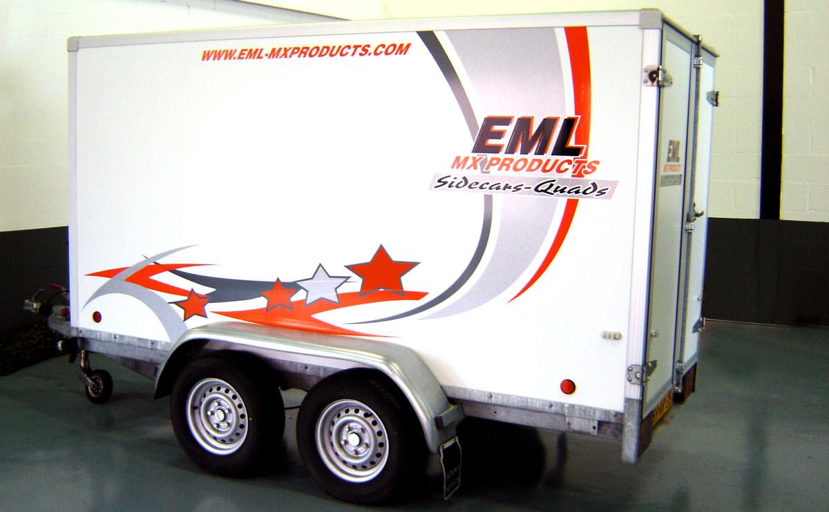 Signz-Belettering-EML-MX-products-Aanhangerbelettering-001