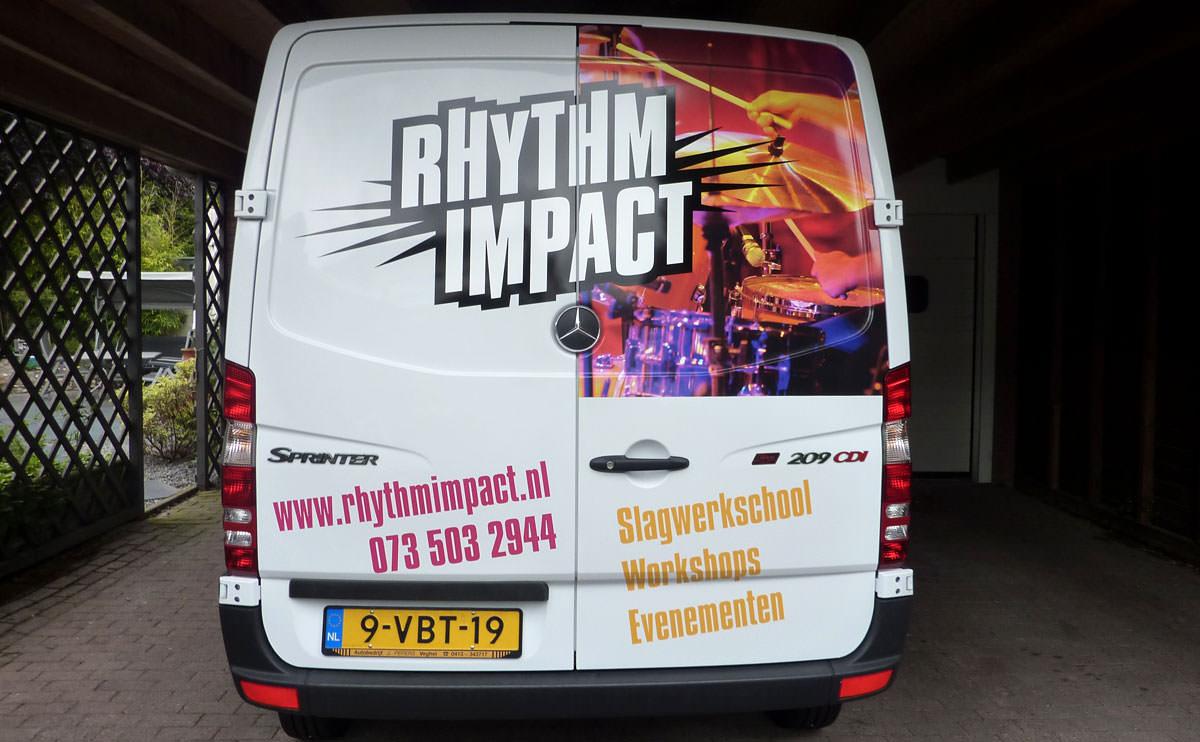 Signz-Belettering-Rhytm-Impact-Busbelettering-001