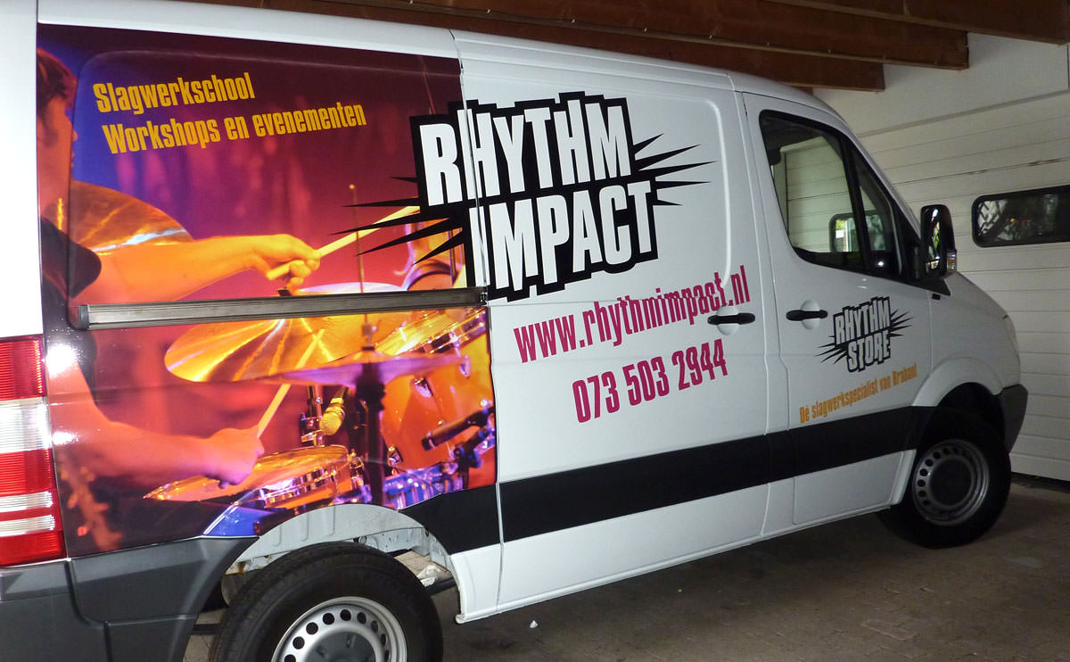 Signz-Belettering-Rhytm-Impact-Busbelettering-004